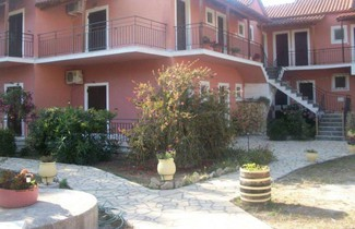 Photo 1 - Villa Rossa Vassilis Studios