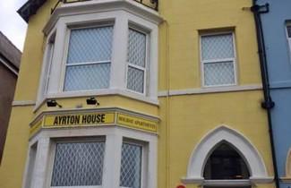 Ayrton House Luxury Apartments 1