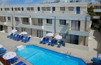 Photo 1 - Paloma Hotel Apartments