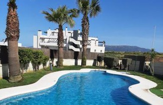 Foto 1 - Apartment in Tarifa with private pool