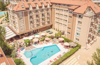 Photo 1 - Bahami Residence