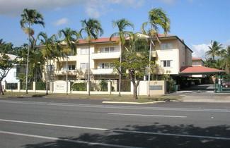 Photo 1 - Tradewinds McLeod Holiday Apartments