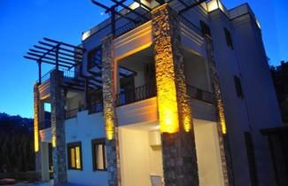 Foto 1 - Liona Residence