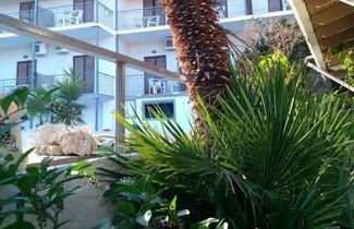 Photo 1 - Aragorn Hotel