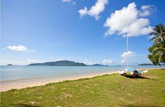 Fisherman Way Beach Resort 1