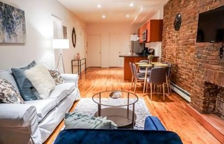 3 BEDROOMS 1 BATHROOM by Bryant Park 1