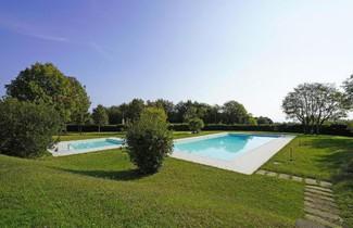 Photo 1 - Apartment in Soiano del Lago with swimming pool