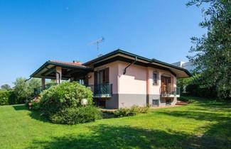 Photo 1 - Villa in San Felice del Benaco mit terrasse