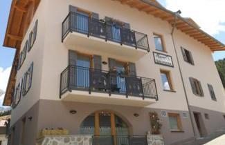 Foto 1 - Aparthotel in Commezzadura with terrace