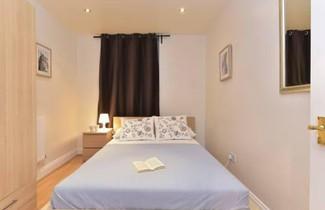 Photo 1 - Farringdon Superior Apartments