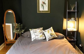 Photo 1 - 1 Bedroom Cottage 5 Minutes From Haymarket