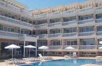 Photo 1 - Perla Del Mar Aparthotel