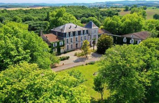 Photo 1 - Apartment in Mazerolles-du-Razès with swimming pool