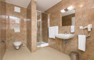 Photo 1 - DMG Apartments Hotel