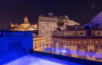 Foto 1 - Apartment in Sevilla with swimming pool