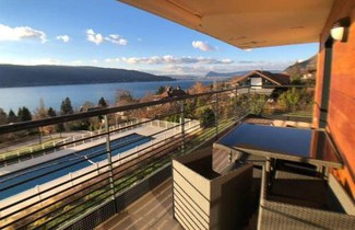 Foto 1 - Apartment in Veyrier-du-Lac mit privater pool