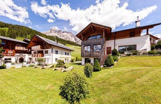 Photo 1 - Villa Flora Mountain Lodges