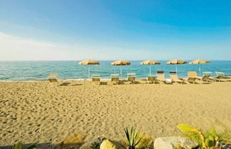 Photo 1 - Ancora Bianca Beach Residence