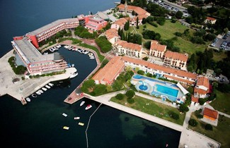 Photo 1 - Apartments Vila Barka
