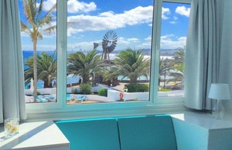 Neptuno Suites - Adults Only 1