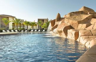 Foto 1 - Las Lomas Village Luxury Apartments