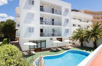 Apartamentos Sofía Playa Ibiza 1