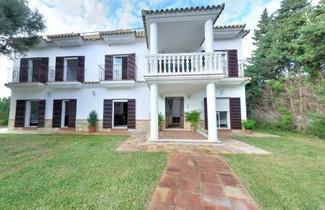 Photo 1 - Apartamentos Costa Trafalgar