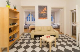 Amazing Apartment Italska 1