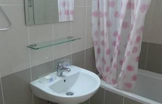 Foto 1 - Elysia Park Apartment 203