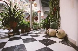 Apt. Casa Palacio Santa Cruz Cathedral Views - 1
