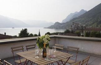 Photo 1 - House in Sale Marasino with terrace