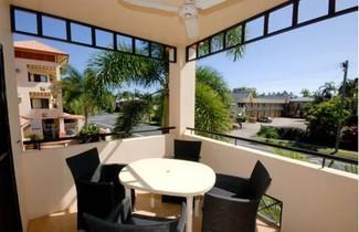 Photo 1 - City Plaza Apartments