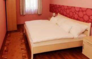 Photo 1 - Gesztenye Apartman
