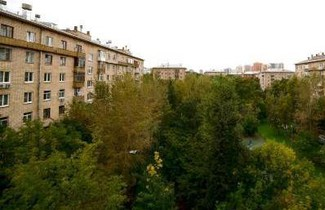 Krupskaya Apartment on Universitet metro station 1