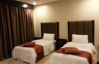 Photo 1 - Stars Home Suites Hotel - Al Hamra