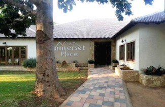 Photo 1 - Summerset Place Country House