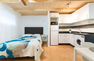 Foto 1 - White Apartment