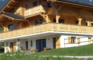 Foto 1 - Luxurious Chalet with Private Terrace in Saint-Jean-d'Aulps