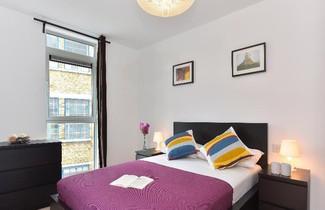 Photo 1 - London Bridge Apartments