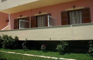 Photo 1 - Roza's Home and Studios