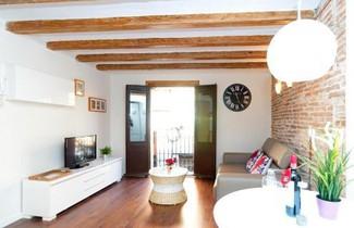 Photo 1 - Apartments Barcelona Sagrada
