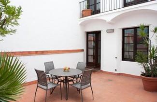 Aspasios Plaza Real Apartments 1