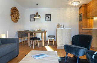 Photo 1 - Apartment Chesa Palüdin 5