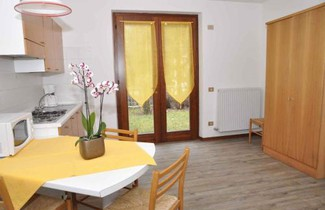 Foto 1 - Apartment in Ledro with swimming pool