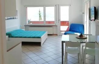 Photo 1 - Apartment in Riva del Garda with swimming pool