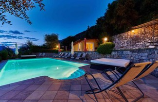 Photo 1 - Apartment in Malcesine with swimming pool