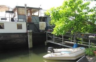 Houseboat Prins Heerlijk 1