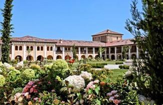 Photo 1 - Garda Lake Chervò Golf Apartments