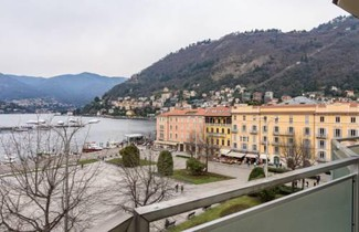 Piazza Cavour Lake View 1