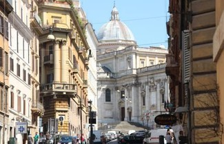 Rome City Center Apartments 1